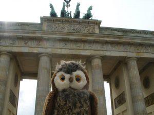Клъвдий Бух с Бранденбургската врата